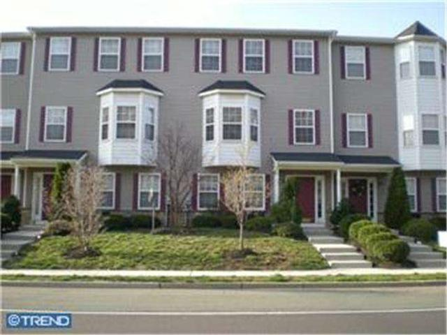 6 Turtle Ct, Delanco, NJ 08075
