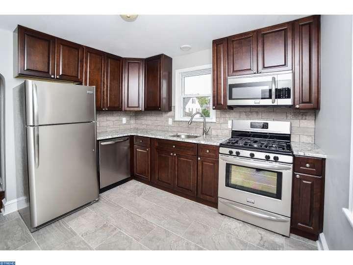 32 Harding Ave, Mount Ephraim, NJ 08059