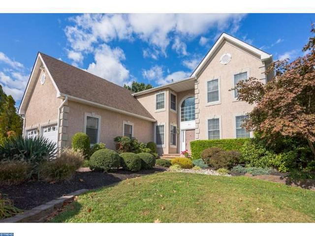 201 Laurel Creek Blvd, Moorestown, NJ 08057