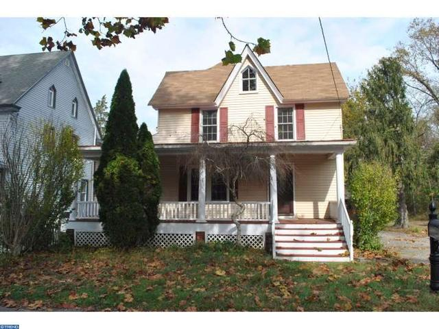 9 Edward St, Lumberton, NJ 08048