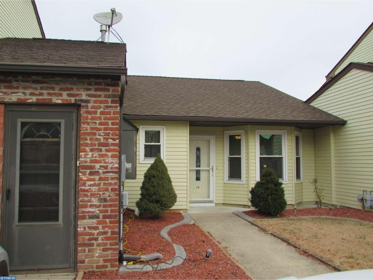 16 Harrington Lane, Sicklerville, NJ 08081