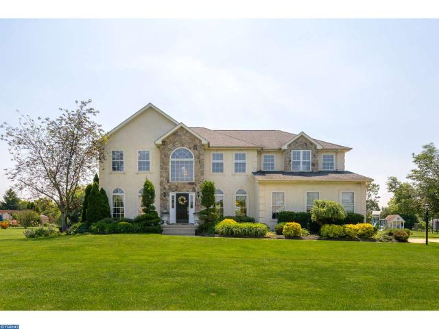 120 Gentry Dr, Woolwich Township, NJ 08085