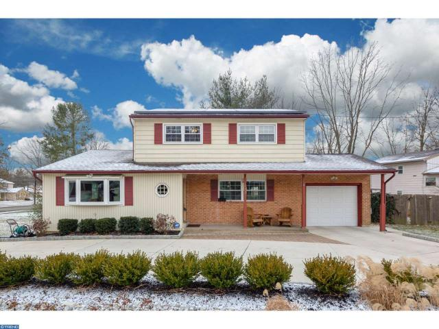 430 Tearose Ln, Cherry Hill, NJ 08003