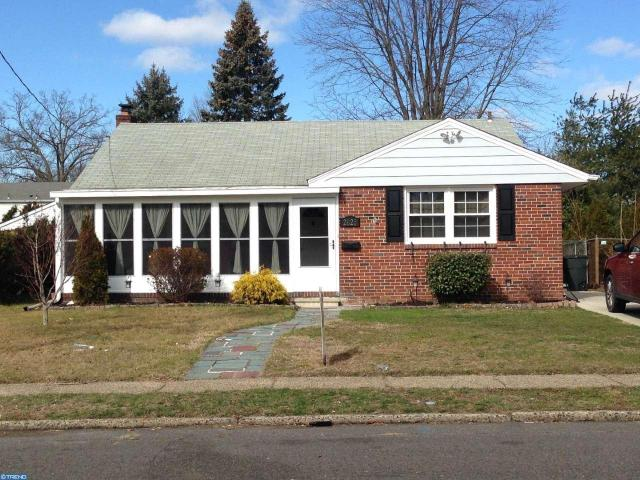 2025 Sycamore St, Haddon Heights, NJ 08035