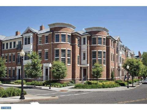 28 Paul Robeson Pl, Princeton, NJ 08542