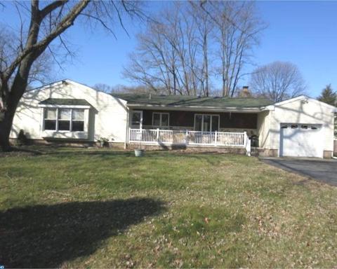 239 Creek Rd, Mount Laurel, NJ 08054