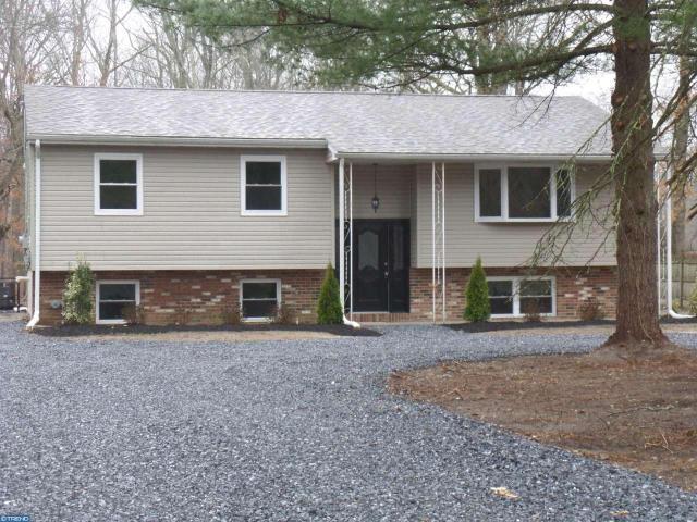 578 W Piney Hollow Rd, Williamstown, NJ 08094