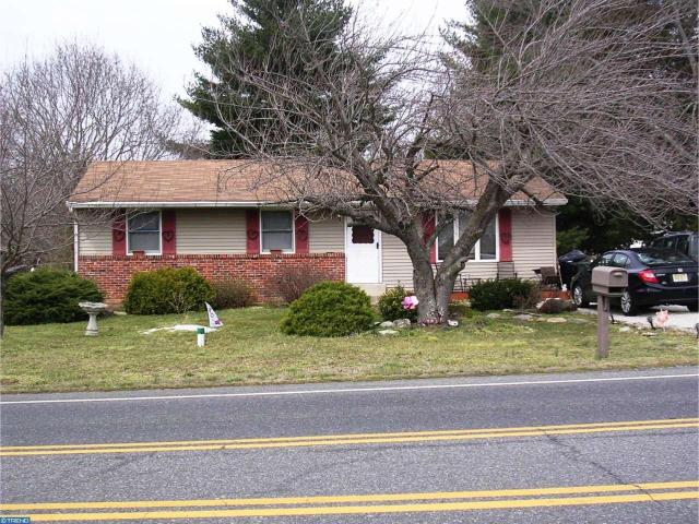644 Corkery Ln, Williamstown, NJ 08094