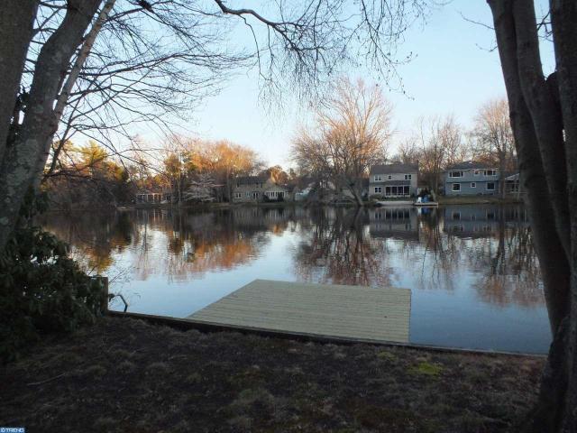 111 Algonquin Trl, Medford Lakes, NJ 08055