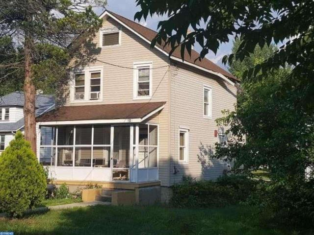 104 Mouldy Rd, Lawnside, NJ 08045