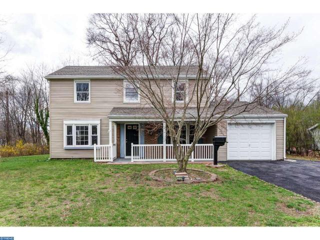 15 Spiralwood Ln, Willingboro, NJ 08046