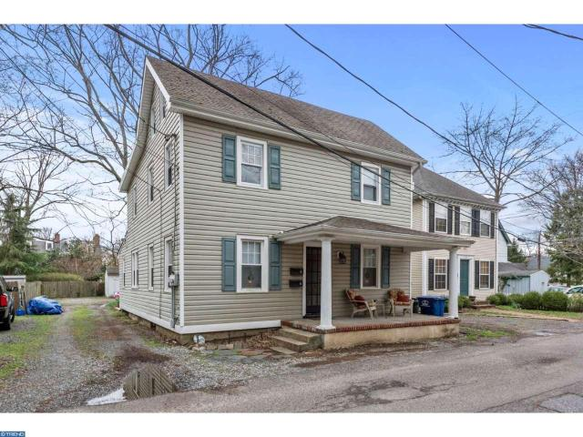 222 Frenchs Ave, Moorestown, NJ 08057