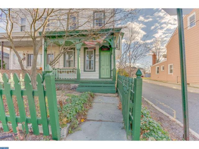 236 Washington St, Mount Holly, NJ 08060