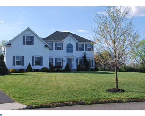 3 Annamarie Ct, Woolwich Township, NJ 08085
