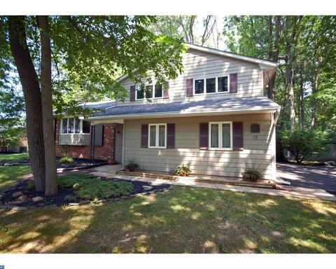 19 Edward Dr, East Windsor Twp, NJ 08520