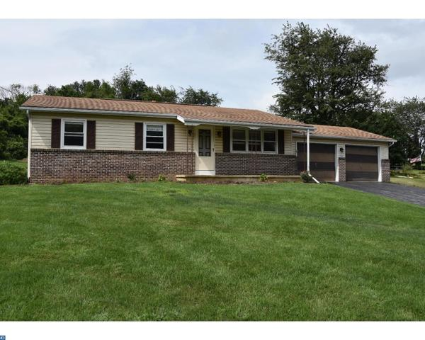 416 Walnuttown Rd, Fleetwood, PA 19522