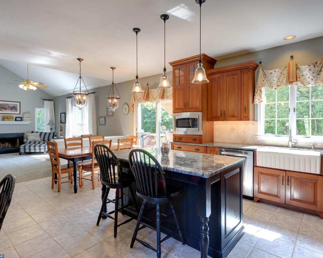 1372 Steeple Chase Rd, Downingtown, PA (25 Photos) MLS# 7053358   Movoto