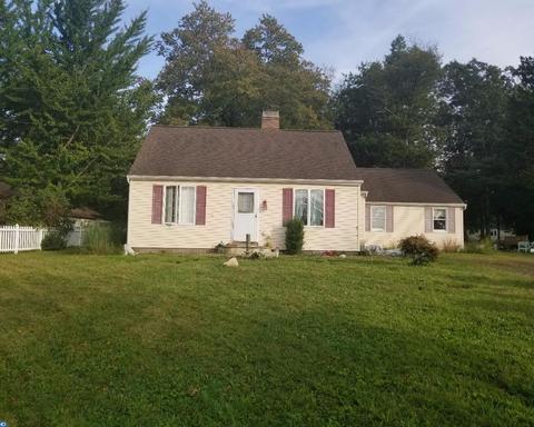 6773 Old Easton RdPipersville, PA 18947
