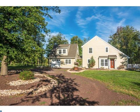 2635 Stony Garden RdKintnersville, PA 18930
