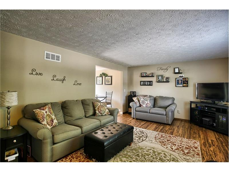 100 Shallowood Circle, Cranberry Township, PA 16066