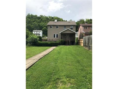 520 Middle St, Brownsville, PA 15417