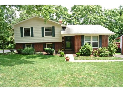255 Foxcroft Rd, Pittsburgh, PA 15220