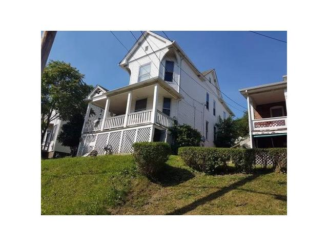 165 Brookside AveWashington, PA 15301