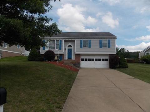 31 Pacers Rdg, Canonsburg, PA 15317