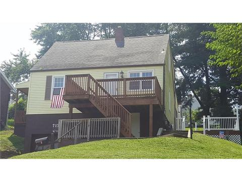 717 E Ascension Dr, West Mifflin, PA 15122