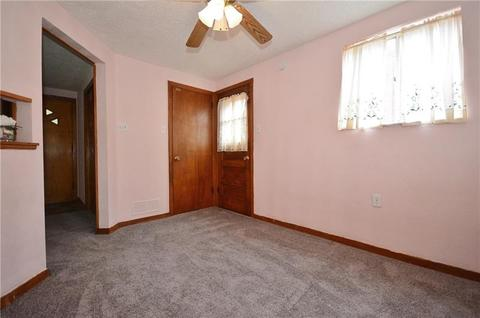 955 Edgewood Ave, Pittsburgh, PA (25 Photos) MLS# 1344480 - Movoto