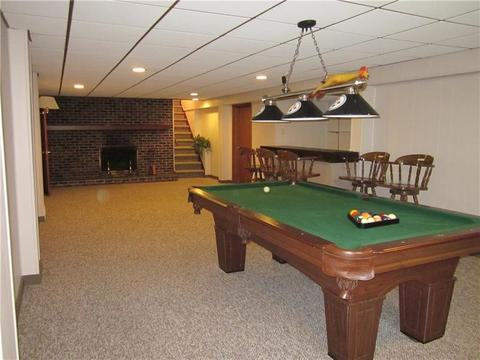 Leslie Dr New Kensington PA Photos MLS Movoto - Kensington pool table