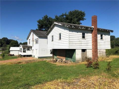 4492 Mahoning Rd, Smicksburg, PA 16256