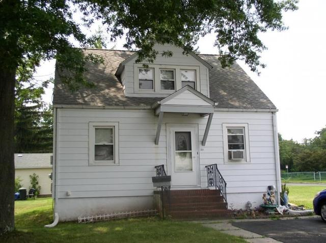 304 S 19th Ave, Manville, NJ 08835