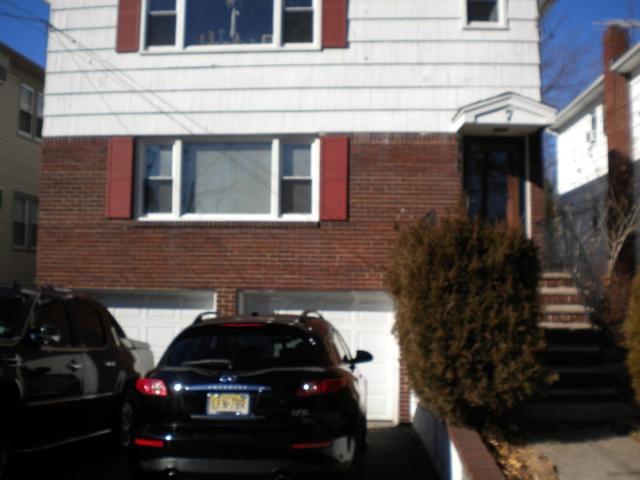 7 Evelyn Ct, Maplewood, NJ 07040