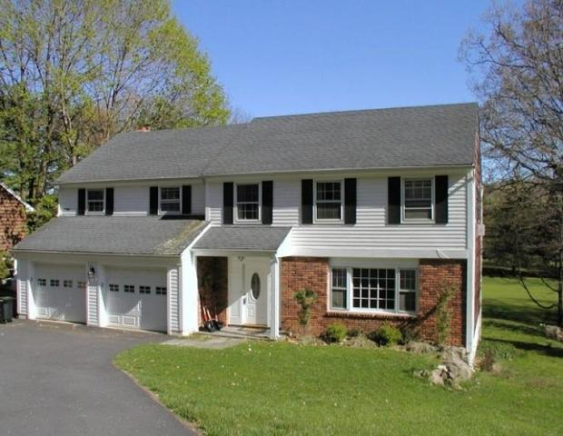 29 Fairway Trl, Sparta, NJ 07871