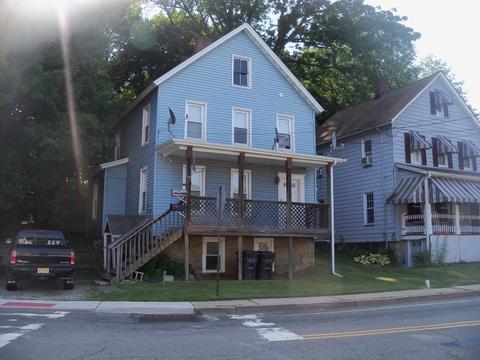 11 Diller Ave, Newton, NJ 07860