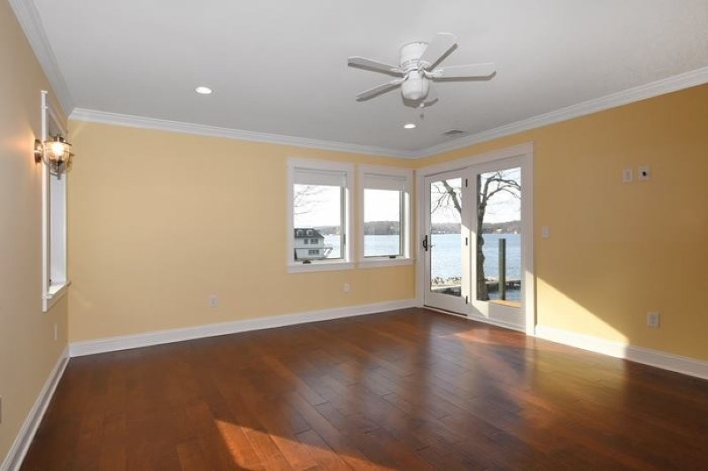 28 Cove Rd, Mount Arlington NJ 07856