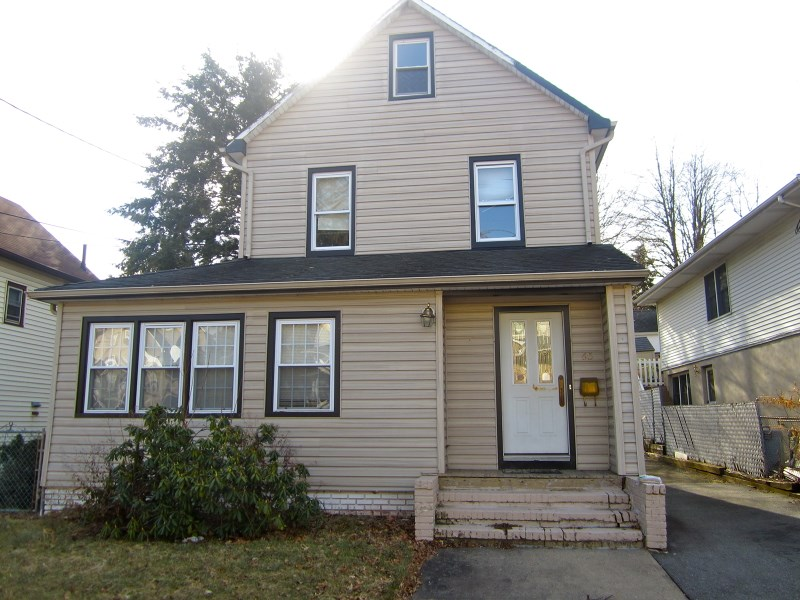 65 Stager St, Nutley, NJ
