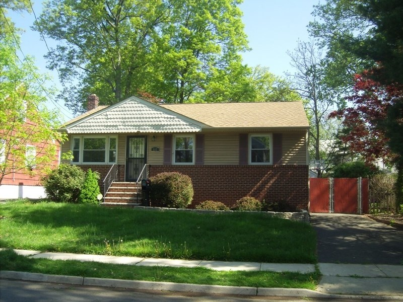517 Sycamore St, Rahway, NJ