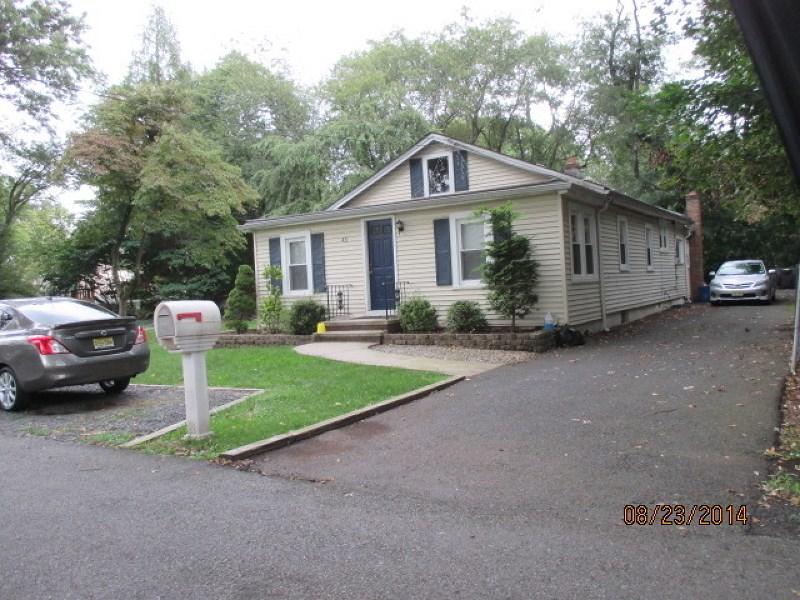 431 Equator Avenue, Somerset, NJ 08873