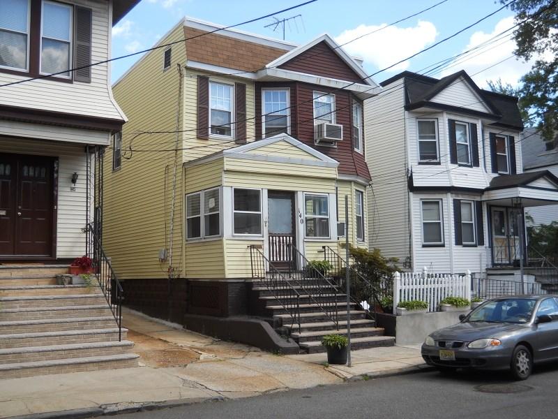 140 Hobson Street, Newark, NJ 07112