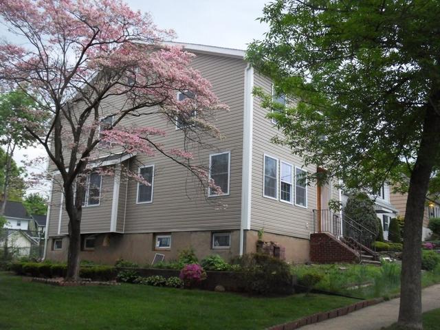 537 Oritani Pl, Teaneck, NJ