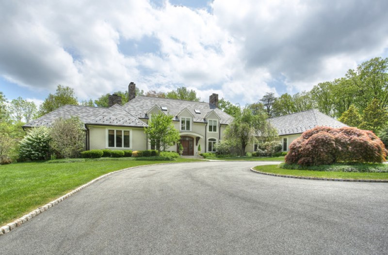 20 Country Dr, Morristown, NJ