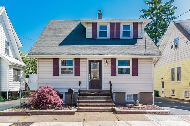 134 Boyle Ave, Totowa NJ 07512
