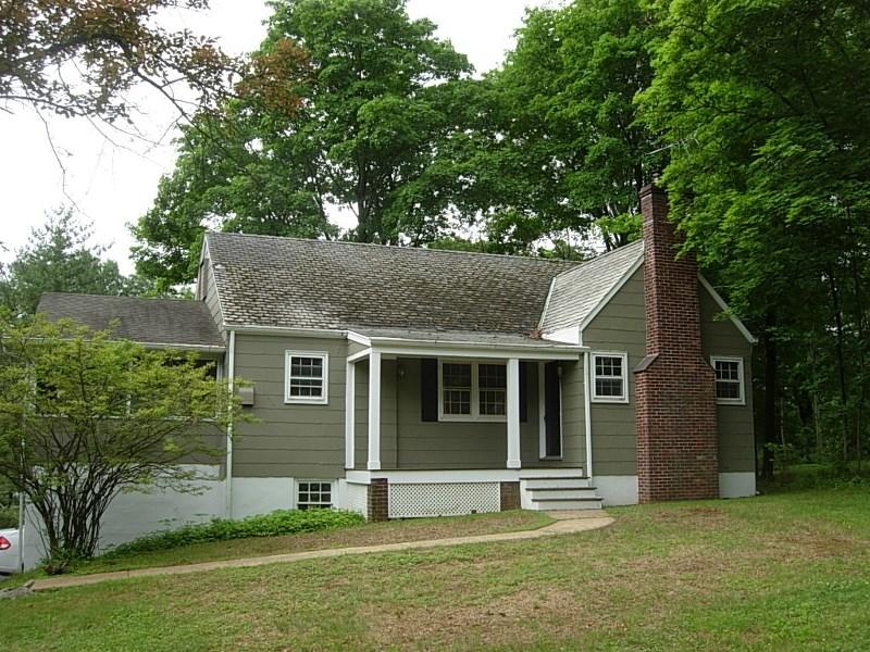 1936 Fieldstone Rd, Martinsville, NJ