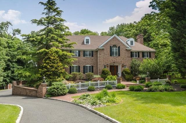 18 Breeze Knoll Dr Mountainside, NJ 07092