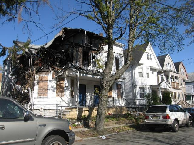 55 Hazelwood Ave, Newark, NJ 07106