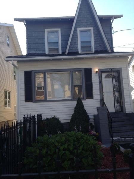 135 Melrose Ave, Irvington, NJ