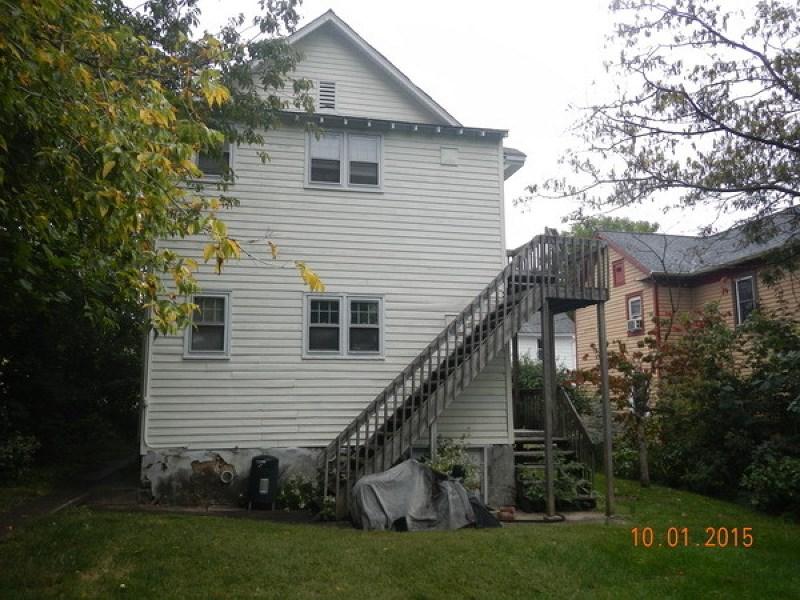 22 Vannatta Street, Washington, NJ 07882