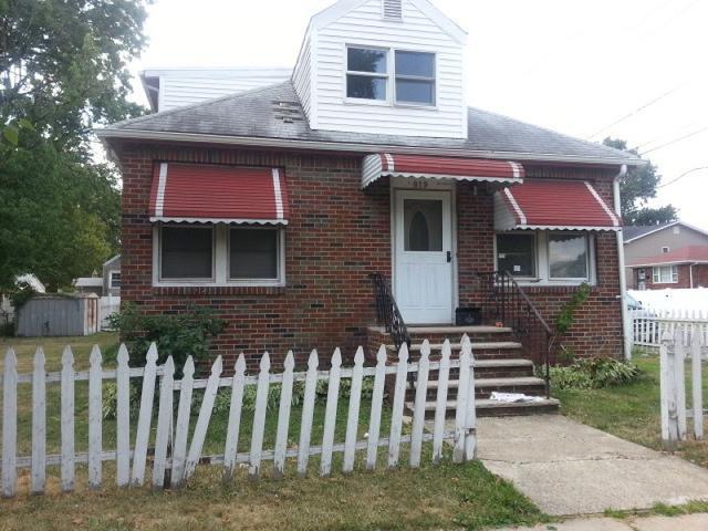 819 Carnegie St, Linden, NJ